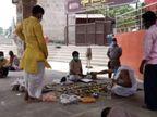 चारों ओर पसरा सन्नाटा, अस्थि विसर्जन और पिंडदान करने लोगपहुंच रहे; नाविकों, फूल बेचने वालों और पंडा समाज पर रोजी का संकट गहराया|वाराणसी,Varanasi - Dainik Bhaskar