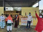 ग्रामीणों को वैक्सीन लगवाने के लिए प्रेरित कर रही युवाओं की टोली, कोरोना की चैन तोड़ने माइक्रो कंटेंनमेंट जोन बनाकर बाहरियों का आना किया बंद|भोपाल,Bhopal - Dainik Bhaskar