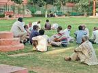 धरी रह गई धारा-144 पार्क में जुटे झुंड, दिनभर सड़कों पर बहानेबाजी|रोहतक,Rohtak - Dainik Bhaskar
