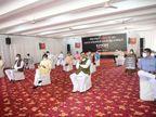 BJP ने तृणमूल कांग्रेस की गुंडागर्दी के खिलाफ दिया धरना, प्रदेश अध्यक्ष व गृह मंत्री भी हुए शामिल मध्य प्रदेश,Madhya Pradesh - Dainik Bhaskar