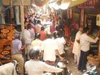बाजारोंमें निकलने को जगह नहीं, प्रशासन के इंतजाम धराशायी; जनता समझ नहीं रही|अलवर,Alwar - Dainik Bhaskar