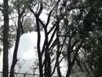 एकांत पार्क में कोलार लाइन से उठा 50 फीट ऊंचा फव्वारा, 2 से 3 दिन रह सकती है समस्या, निगम का दावा- आज रात तक ही ठीक कर लेंगे भोपाल,Bhopal - Dainik Bhaskar