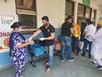 जालंधर सिविल अस्पताल में भर्ती मरीजों और रिश्तेदारों को खिला रहे खाना, कारोबारी दोस्तों ने की पहल|जालंधर,Jalandhar - Dainik Bhaskar