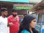 पत्नी ने प्रेमिका के घर पति को पकड़ा, पति को लगाएं थप्पड़, कोतवाली थाने पहुंचा मामला होशंगाबाद,Hoshangabad - Dainik Bhaskar