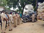 ओडिशा से रीवा आ रही गांजे की खेप पकड़ाई, तलाशी में निकला 2.25 करोड़ का गांजा, ड्राइवर के पीछे बनी केबिन को मॉडिफाई कर रखा था माल|रीवा,Rewa - Dainik Bhaskar