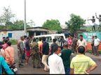 चंद्रपुरा में अज्ञात वाहनों की चपेट में आने से 9 मवेशी की मौत, बजरंग दल ने रोड किया जाम, गाड़ियों की लगी लंबी कतार|झारखंड,Jharkhand - Dainik Bhaskar