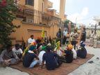 जालंधर में किसानों ने घर का घेराव किया; पुलिस से केस दर्ज करने और गिरफ्तारी की मांग, सामाजिक बहिष्कार का ऐलान|जालंधर,Jalandhar - Money Bhaskar