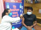 रिमझिम बारिश के चलते टीकाकरण की सुबह सुस्त रही चाल, दोपहर बाद अचानक आया उछाल, रात तक 90 हजार से ज्यादा लोगों को लग चुके थे टीके|ग्वालियर,Gwalior - Money Bhaskar