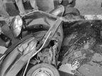 मायके से पति और बच्चों के साथ स्कूटी पर सवार होकर लौट रही थी घर, हाईवे क्रॉस करते वक्त कार ने मारी टक्कर, एक की मौत, तीन घायल|सागर,Sagar - Money Bhaskar