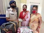 भिवानी से पिंडदान करने गया आई महिला का बैग ट्रेन में छूट गया, RPF ने तुरंत एक्शन लिया तो फिर से मिला वापस|गया,Gaya - Money Bhaskar