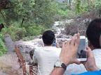PHOTOS: कोकण दौऱ्यादरम्यान राज यांनी घेतला Nature Photography चा आनंद| - Divya Marathi