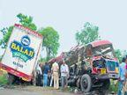 धुळे- चाळीसगाव मार्गावर कंटेनरने बसची एक बाजू पूर्ण चिरली, १९ जण ठार|जळगाव,Jalgaon - Divya Marathi