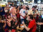 स्ट्रीट मसाजपासून बिअर पार्टीपर्यंत, अशी असते या शहराची नाईट LIFE|विदेश,International - Divya Marathi