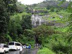 PHOTOS : विदेशातील नव्हे तर महाराष्ट्रातील आहेत हे नितांत सुंदर रस्ते, पाहा...|मुंबई,Mumbai - Divya Marathi