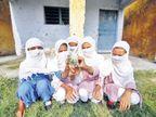 भास्कर Original :  सीमेवरील बंकर शाळा; मुले जेव्हा राष्ट्रगीत गातात, तेव्हा आवाज पाकिस्तानपर्यंत ऐकू जातो...  - Divya Marathi
