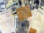 मुंबईतील एका भंगाराच्या दुकानात सापडले गीतकार साहिर लुधियानवी यांच्या हस्तलिखित नज्म आणि डायरी|मुंबई,Mumbai - Divya Marathi
