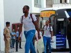 વડોદરાથી રોડ માર્ગે વેસ્ટ ઇન્ડિઝની ટીમ આવી પહોંચી રાજકોટ, ચાહકો જોવા ઉમટ્યા| - Divya Bhaskar
