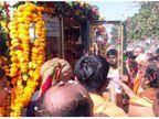 બેન્ડની સૂરાવલિ સાથે બગીમાં નીકળી ગોપાલાનંદજીની જૂનાગઢમાં અંતિમયાત્રા, સંતો ઉમટી પડ્યા|જુનાગઢ,Junagadh - Divya Bhaskar