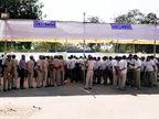 ગાંધીનગર, અમદાવાદ પૂર્વ અને અમદાવાદ પશ્ચિમ લોકસભા બેઠક માટે પોલીસકર્મીઓનું પોસ્ટલ બેલેટ મતદાન| - Divya Bhaskar