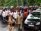 સરકારી હોસ્પિટલોમાં ઇજારદારોના શોષણના વિરોધમાં કર્મચારીઓએ વિશાળ રેલી કાઢીને સૂત્રોચ્ચાર કર્યાં| - Divya Bhaskar