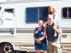 કેલિફોર્નિયાના જંગલોની આગને લીધે બેઘર થયેલા લોકો માટે સોશિયલ વર્કર રેસિડેન્શિયલ વેન બનાવે છે| - Divya Bhaskar