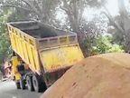 રેતી ભરેલી ટ્રક રોકતા ગાડી ચઢાવી દેવાની ધમકી| - Divya Bhaskar