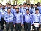 ડુમસ નજીક આવેલી વિબ્ગ્યોર સ્કૂલની બસના ડ્રાઈવરોને છૂટા કરી દેવાતા ક્લેક્ટરને રજૂઆત|સુરત,Surat - Divya Bhaskar
