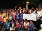 મહિલા ટીમ રાજ્યકક્ષાએ ચેમ્પિયન બનતા દીકરીઓનું ભવ્ય સામૈયુ કર્યું|પાટણ,Patan - Divya Bhaskar
