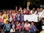 મહાદેવપુરા સાંપ્રાની ટીમ અંડર-17 ફૂટબોલમાં રાજ્યકક્ષાએ ચેમ્પિયન, દીકરીઓનું સામૈયું કરાયું|પાટણ,Patan - Divya Bhaskar
