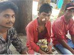 તાપીના કતાસવણમાં રોડ પરથી ટેમ્પો પલટી જતાં 7 લોકોને ઈજાઓ પહોંચી|સુરત,Surat - Divya Bhaskar