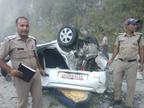 કાર 400 મીટર ઊંડી ખાઈમાં પડતા એક જ પરિવારના 5 સભ્યોના કરુણ મોત|ઈન્ડિયા,National - Divya Bhaskar