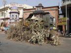 શહેરમાં દરેક સોસાયટી ઈકો ફ્રેન્ડલી જ હોળી પ્રગટાવે તો 300 પર્યાવરણ રક્ષકો (વૃક્ષ) હોમાતાં બચી શકે છે  - Divya Bhaskar