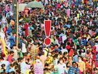 ઉત્સવના ઉત્સાહની આ તસવીર... એક જ સંદેશો આપે છે, કોરોના આપણો તહેવાર નથી સમજતો આથી ભીડમાં થોડા સતર્ક રહો|અમદાવાદ,Ahmedabad - Divya Bhaskar
