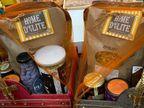 દિવાળી ગિફ્ટમાં હેલ્થ માટે હર્બલ હેમ્પર, સજાવટ માટે કોપરના દીવાની પસંદગી|સુરત,Surat - Divya Bhaskar