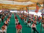 બારડોલીમાં ભાજપ પ્રદેશ અધ્યક્ષ પાટીલના નેજા હેઠળ ખેડૂતોની બેઠક યોજાઈ, મોદી સરકારની હિતકારી નીતિઓની માહિતી અપાઈ|સુરત,Surat - Divya Bhaskar