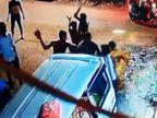 વલસાડનાં મોગરાવાડીમાં બેકરી ચલાવવા મુદ્દે કાકા-ભત્રીજા પર હુમલો, CCTV|વલસાડ,Valsad - Divya Bhaskar