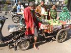 25 વર્ષ મંત્રીઓની કાર ચલાવનાર સુરતીએ અકસ્માતમાં હાથ-પગ ગુમાવ્યા છતાં શાકભાજી વેચીને આત્મનિર્ભર બન્યા સુરત,Surat - Divya Bhaskar