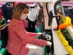 સુરતમાં ફ્રાન્સનાં પર્યાવરણ પ્રધાન બાર્બરા પોમપિલી, મહાનગરપાલિકાની કામગીરીથી પ્રભાવિત થઈને મહિલાઓની ઈ-રિક્ષા ચલાવી સુરત,Surat - Divya Bhaskar