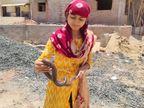 મહેસાણાની યુવતીને અભ્યાસ સાથે સાથે સાપ પકડવાનો અનોખો શોખ છે મહેસાણા,Mehsana - Divya Bhaskar