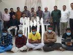 સુરેન્દ્રનગર લોકલ ક્રાઇમ બ્રાન્ચે પાટડી તાલુકાના દેગામ અને ગેડીયા ગામની સીમમાંથી 5 ઇસમોને 7 ગેરકાયદેસર હથિયારો સાથે ઝબ્બે કર્યા|સુરેન્દ્રનગર,Surendranagar - Divya Bhaskar