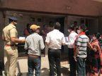 અમદાવાદમાં ખોખરા વિસ્તારમાં પોલીસ અને સ્થાનિક કોર્પોરેટરે સામાજિક ડિસ્ટન્સ સાથે હોળી ઉજવવા લોકોને સમજાવ્યા|અમદાવાદ,Ahmedabad - Divya Bhaskar
