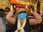 સોમનાથ મંદિર પર ધ્વજારોહણની એક દિવ્યાંગ ભિક્ષુકની ઈચ્છા પૂર્ણ થઈ, ભિક્ષાવૃતિથી એકત્ર થયેલી રકમમાંથી ભિક્ષુકે સંકલ્પ પૂર્ણ કર્યો|જુનાગઢ,Junagadh - Divya Bhaskar