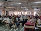 રાજકોટ જિલ્લામાં 1 એપ્રિલ સુધીમાં 1,17,628 લોકોએ વેક્સિન મૂકી, 40 ગામમાં 60 વર્ષથી ઉપરના તમામ લોકોને રસી અપાઇ|રાજકોટ,Rajkot - Divya Bhaskar