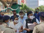 વડોદરામાં કોરોના સંક્રમણ વધતા આરોગ્ય મંત્રી નીતિન પટેલ દોડી આવ્યા, આવેદનપત્ર આપે તે અગાઉ કોંગ્રેસના કાઉન્સિલરને પોલીસે ઝડપ્યા|વડોદરા,Vadodara - Divya Bhaskar