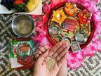 દેવી-દેવતાઓની પૂજા કરતાં પહેલાં, હાથમાં જળ રાખીને પૂજાનો સંકલ્પ લેવો જરૂરી છે|ધર્મ,Dharm - Divya Bhaskar