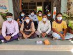 રેમડેસિવિર ઈન્જેક્શનની કાળા બજારી કરતાં આઠ શખ્સોને એલ.સી.બી પોલીસે ડીસાના ભોયણ નજીકથી ઝડપી પાડ્યા|પાલનપુર,Palanpur - Divya Bhaskar