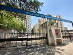 સોલા સિવિલને 34 વર્ષમાં પહેલીવાર તાળાં લાગ્યાં, 19 હજાર લિટરની સામે 15 હજાર લિટર ઓક્સિજન મળતો હોવાથી દર્દીને દાખલ કરવાનું બંધ કરાયું|અમદાવાદ,Ahmedabad - Divya Bhaskar