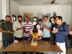 ગોંડલના જનસેવા કેન્દ્રમાં ભાજપના નેતાઓનું જલ્સા કેન્દ્ર, શહેર ભાજપ પ્રમુખનો બર્થ ડે સોશિયલ ડિસ્ટન્સના ભંગ સાથે ઉજવ્યો|રાજકોટ,Rajkot - Divya Bhaskar