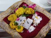 महाकालेश्वर मंदिर में चांदी के चौरसे व एक लाख रुपए दान में मिले, समिति ने किया सम्मान|उज्जैन,Ujjain - Money Bhaskar