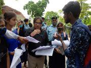 चीफ प्रॉक्टर ने प्रार्थना पत्र लेकर किया रवाना, छात्रों ने दो दिन में जवाब न मिलने परवीसीके घेराव की दी चेतावनी|कानपुर,Kanpur - Money Bhaskar